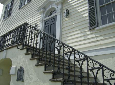 The entrance facing Bay Street